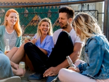 7 טיפים איך להכיר חברים חדשים?