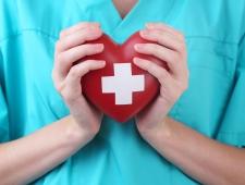 5 טיפים שיעזרו לכם לגלות האם אתם חווים התקף לב