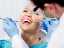 5 טיפים חשובים לבחירת קליניקה לטיפול השתלת שיניים
