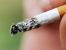 6 טיפים להתמודדות עם נער מתבגר שמעשן