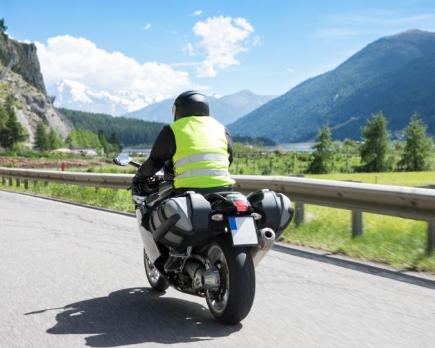 8 טיפים לרכיבת אופנוע בטוחה